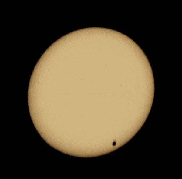 Image processing of Venus Transit