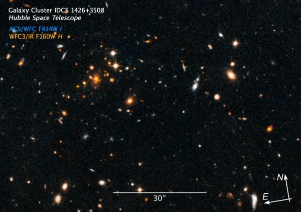 Hubble Space Telescope view of a distant galaxy cluster