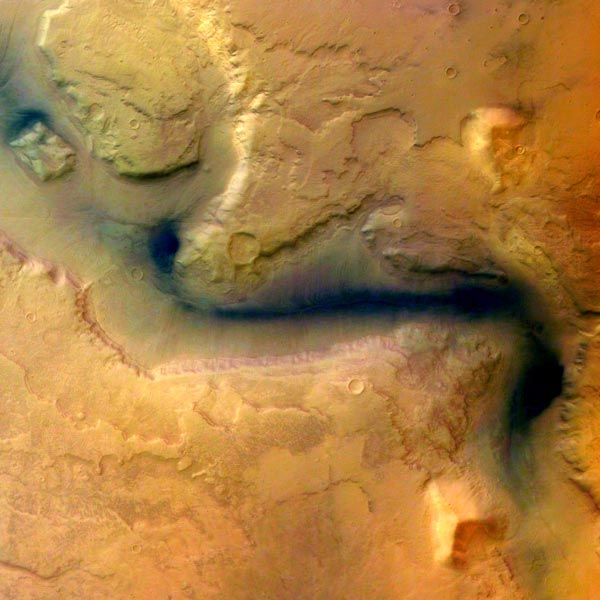 Image credit: ESA / Mars Express; yes, that's false color!