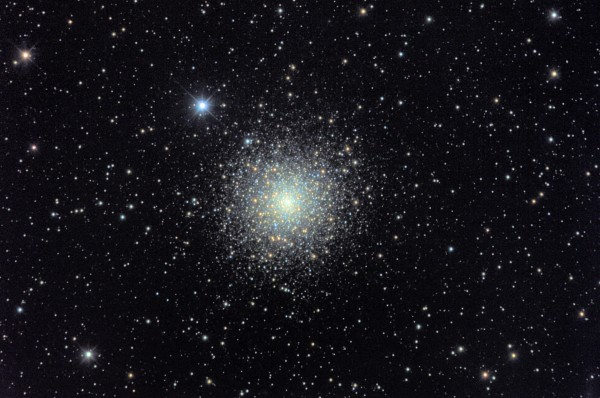 Image credit: Jim Misti of Misti Mountain Observatory, via http://www.mistisoftware.com/astronomy/Clusters_m80.htm.