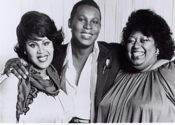 Image credit: forum user Kreemah of Tribe, via http://sylvesterfanz.tribe.net/photos/53353c8d-da17-4fa0-a9aa-0cb6e3f29024, of (from L-to-R) Martha Wash, Sylvester and Izora Armstead.
