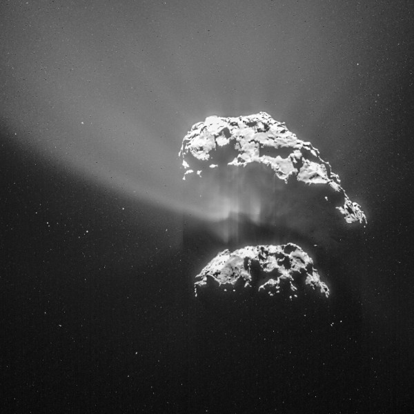 Image credit: ESA/Rosetta/NAVCAM — CC BY-SA IGO 3.0, via http://www.esa.int/spaceinimages/Images/2015/02/Comet_on_9_February_2015_NavCam.