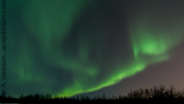 Image credit: Ian A. Johnson, via https://ianajohnson.com/2014/02/08/aurora-borealis-science/.