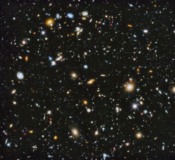The Hubble Space Telescope's Ultra Deep Field. Prior to the Fronier Fields program, this was the deepest look into the Universe available to human kind. Credit: NASA, ESA, H. Teplitz, M. Rafelski (IPAC/Caltech), A. Koekemoer (STScI), R. Windhorst (Arizona State University), and Z. Levay (STScI).