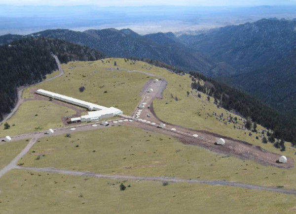 Image credit: Architectural rendering of the now-completed Magdalena Ridge Observatory Interferometer (MROI) delay-line facility and beam-combining laboratory, via http://spie.org/x25797.xml.