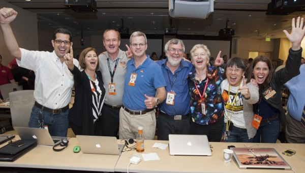 The Mars SAM Team celebrates a picture perfect landing! Pictured from left to rights: Mehdi Benna, Laurie Leshin, Chris Webster, Will Brinckerhoff, Paul Mahaffy, Pan Conrad, Florence Tan, and Jen Eigenbrode. Image credit: NASA.