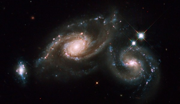 Arp 274, a trio of star-forming galaxies. Image credit: NASA, ESA, M. Livio and the Hubble Heritage Team (STScI/AURA).