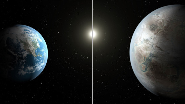 The exoplanet Kepler-452b (R), as compared with Earth (L), a possible candidate for Earth 2.0. Image credit: Image credit: NASA/Ames/JPL-Caltech/T. Pyle